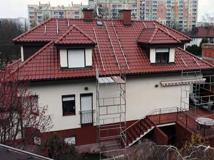 Dom jednorodzinny przygotowany pod montaż paneli fotowoltaicznych